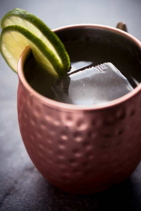 Low Carb Vodka Recipes - Keto Cocktail Moscow Mule with Diet Ginger Beer