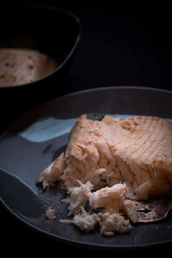Can I eat halibut on keto? How many carbs are in halibut?